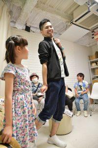 栄のフォトスタジオでモデルの子どもお仕事体験